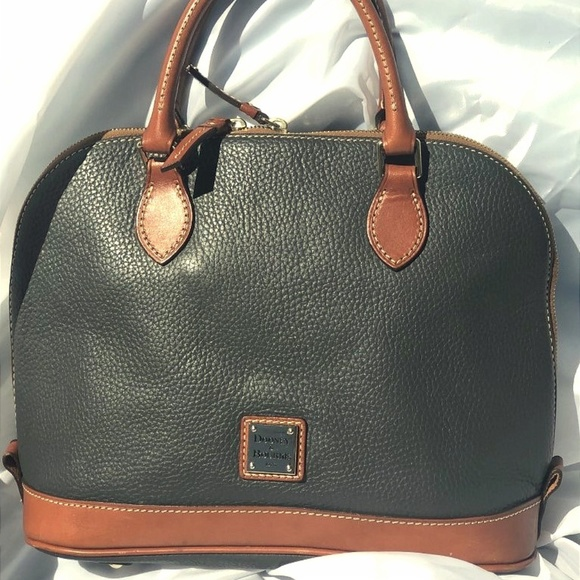Dooney & Bourke Handbags - Dooney & Bourke Olive Green Purse - GREAT SHAPE!